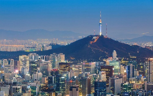 https%3A%2F%2Feditorial.blob.core.windows.net%2Fimages%2FMacroeconomics%2FCountries%2FAsia%2FSouthKorea%2Fseoul tower and downtown skyline in seoul south korea 59274742 Large